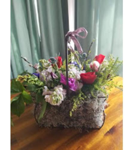 Aunt Sue's Flower Basket