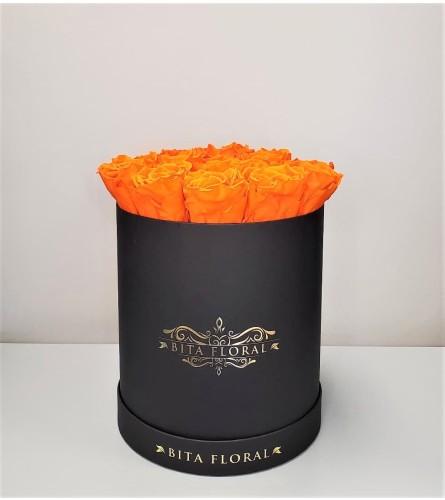 18 Orange Eternity Roses