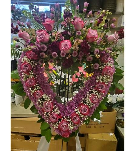 Standing Heart Wreath