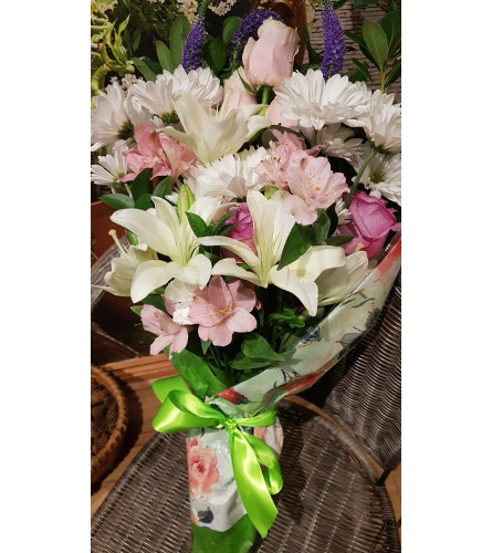 SOFTNESS IN A BOUQUET