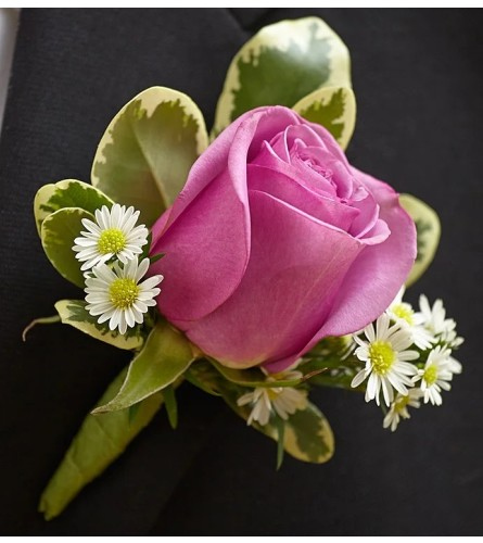Simply Rose Boutonniere