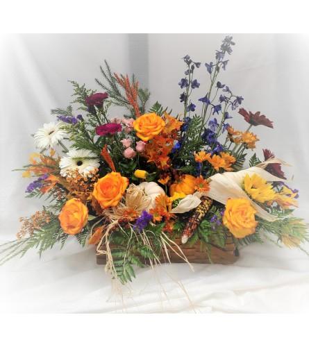 Memories of Autumn Basket (inhouse design)