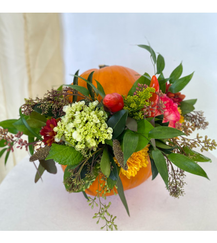 Thanksgiving Pumpkin Arrangement