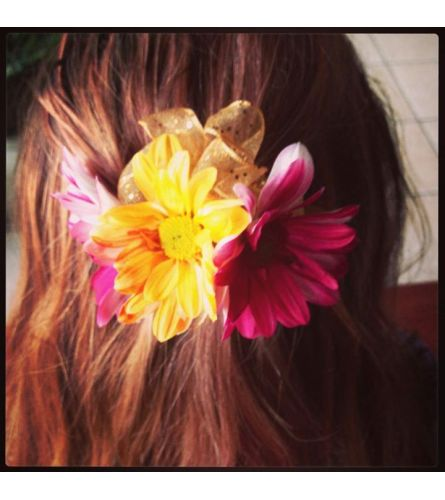 Daisy Hair Accessory - Red & Yellow
