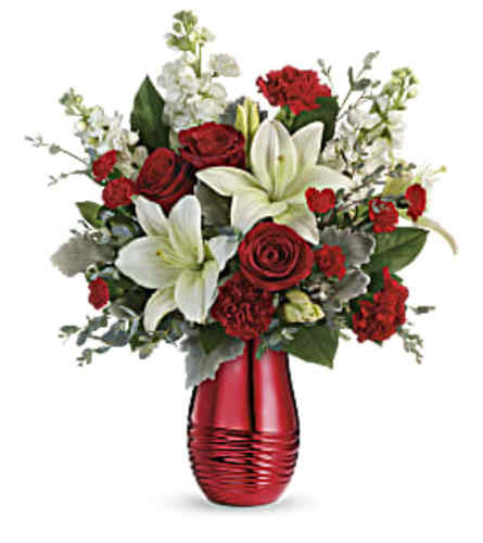 Teleflora's Radiantly Rouge Bouquet