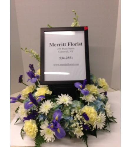 Merritt's Tabletop wreath with Photo