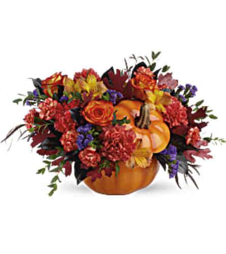 Teleflora's Hauntingly Pretty Pumpkin Bouquet