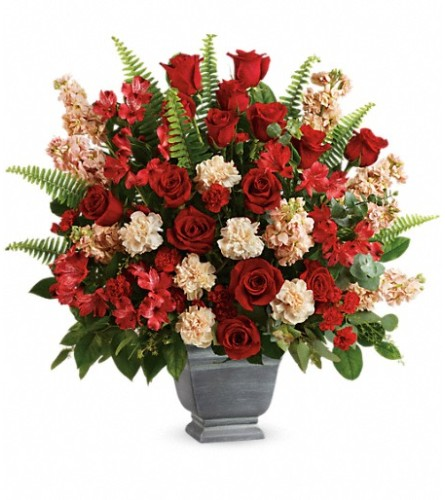 Teleflora's Bold Tribute Bouquet