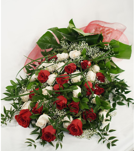 Premium Hand Wrapped Mixed Rose Bouquet