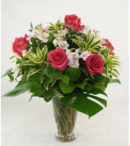 Tropical Romance with Pink Roses