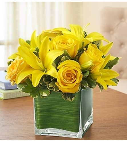 Modern Embrace™ Yellow Rose and Lily Cube