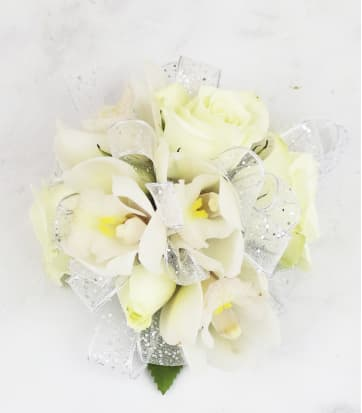 Boutonnieres And Corsages Bethpage Ny Florist