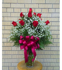 Classic Dozen Long Stem Rose Vase
