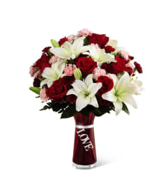 The FTD® Expressions of Love Bouquet
