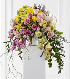 Cascading Table Urn Arrangement