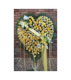 Heart of Yellow Roses  GF-H14