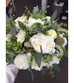 white peonies polo roses bridal bouquet11