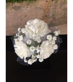 3 Mini Carnations Corsage