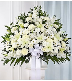 Heartfelt Sympathie Standing Basket- White