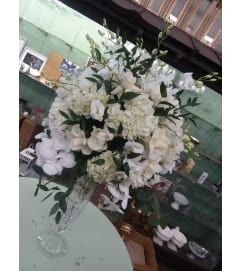 vendela roses, white hydrangea center piece26