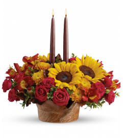Sunny Thanksgiving Centerpiece by Teleflora