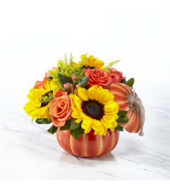 Bountiful Bouquet in Pumpkin