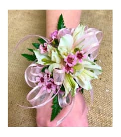 Pink & White Standard Wristlet