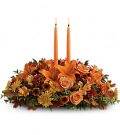 Family Gathering Centrepiece by Teleflora Flowers