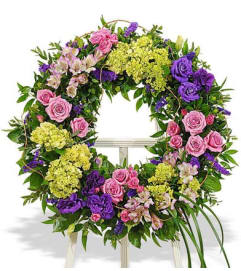 Bold mixed wreath