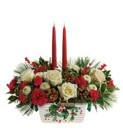 HOLLY CENTERPIECE