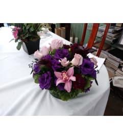 schwartz calla lilies arrangement