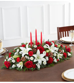 The Traditional Christmas Centerpiece