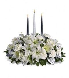 Silver Elegance table centerpiece