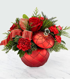 Christmas Magic™ Bouquet FTD