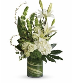 Botanical Beauty Bouquet by Telefloras