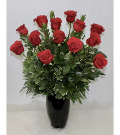 Dozen Red Roses Traditional