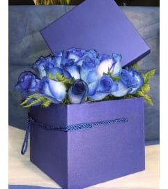 Blue Rose Box Bouquet