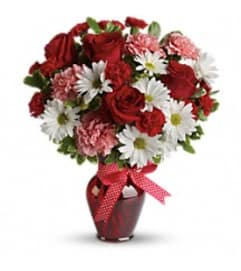Teleflora's T11Z100 - Hugs And Kisses