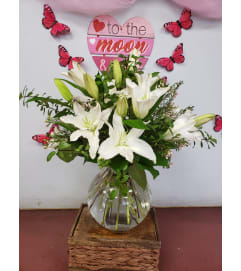 Elegance white lillies