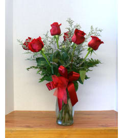 Lush Half Dozen Roses