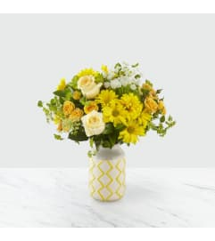 A Hello Sunshine™ Bouquet