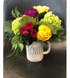 Rae Dunn Mug Arrangement