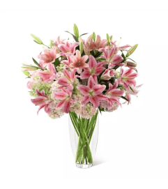 FTD's Intrigue™ Luxury Bouquet