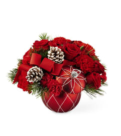 Making Spirits Bright Bouquet by FTD Flowers