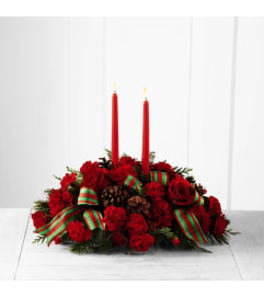 Holiday Classics Centerpiece Bouq