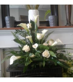 Teleflora Stately Lilies