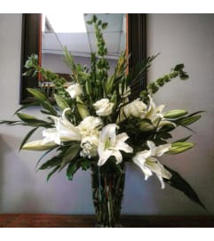 Custom white lily and rose vase