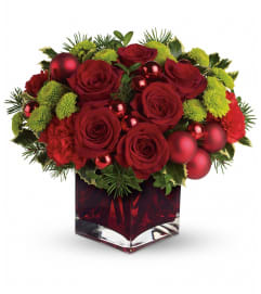 Merry & Bright Arrangement