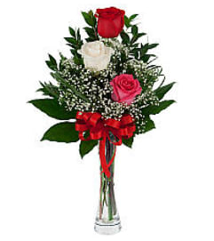 Triple Rose with vase 19