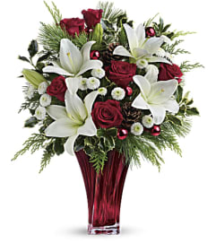Teleflora's Wondrously Winter Bouquet